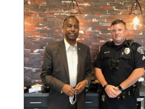 Kannapolis police officer meets Dr. Ben Carson, the surgeon who operated on him when he was a child