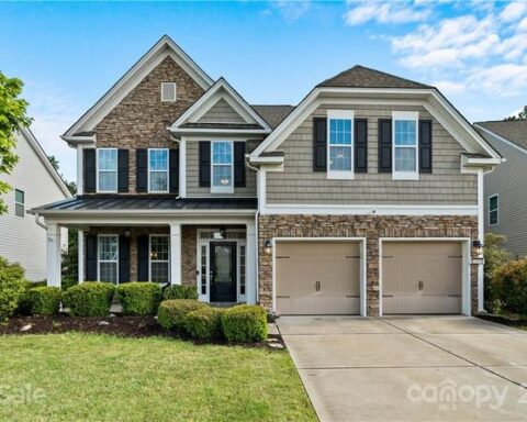 11030 River Oaks Dr NW, Concord, NC 28027